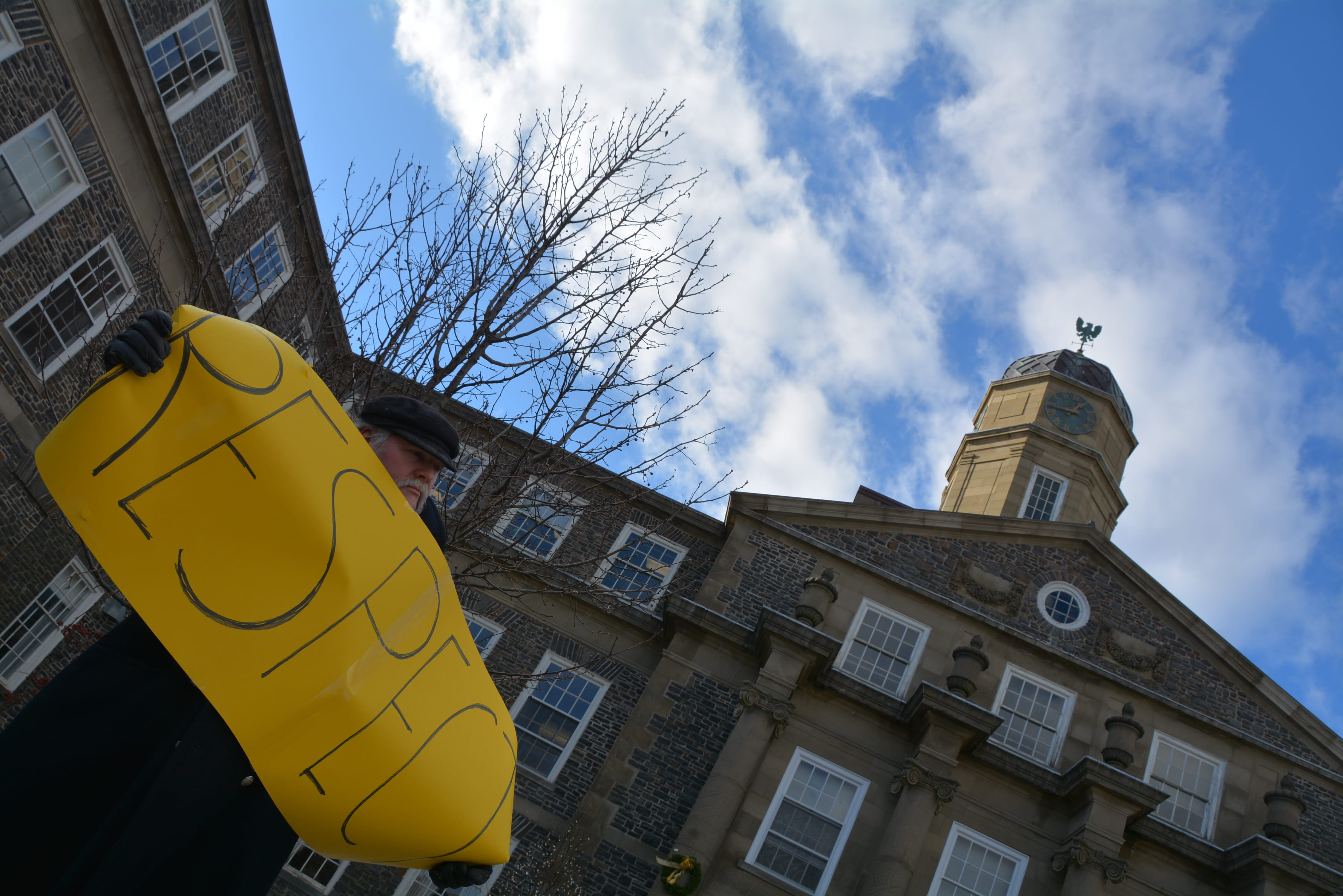Senate discipline debate on Dalhousie dentistry scandal delayed